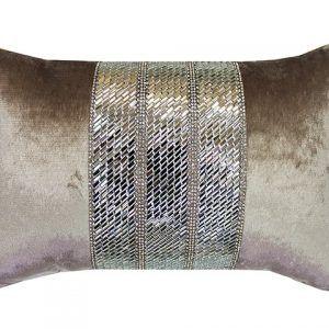 Mistico Oyster Cushion