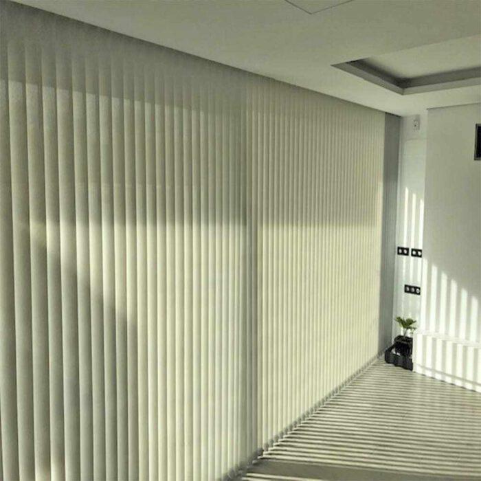 cortina vertical roma técnica