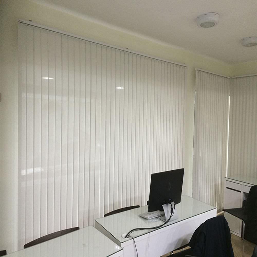 Estores y cortinas para oficinas en Madrid