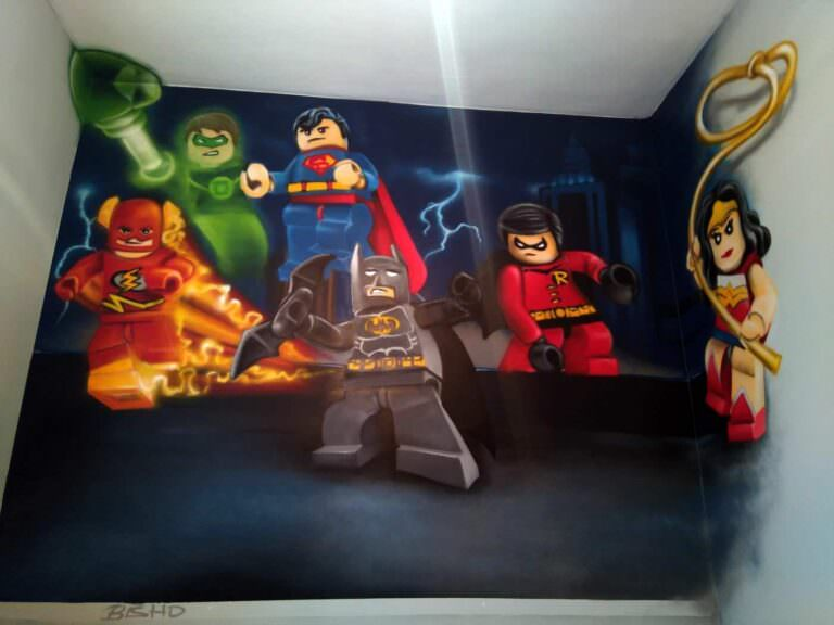 decorar la habitación con un graffitti de Lego